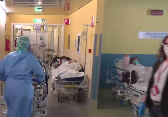 Koronawirus we Włoszech. Przepełnione szpitale i pacjenci na korytarzach