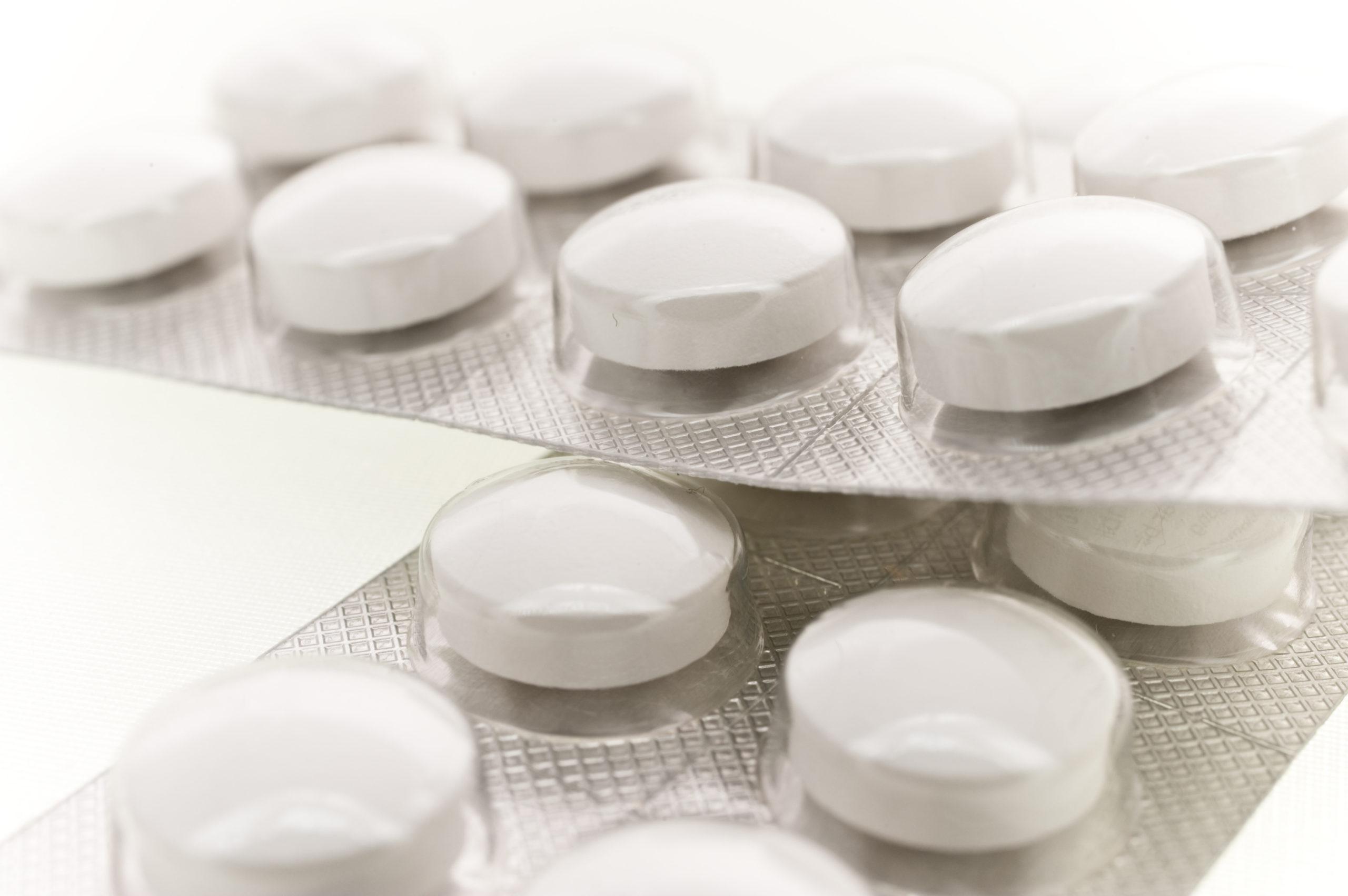 Polacy produkują lek na koronawirusa. Arechin pierwszym zatwierdzonym lekiem wspomagającym w zakażeniu koronawirusem